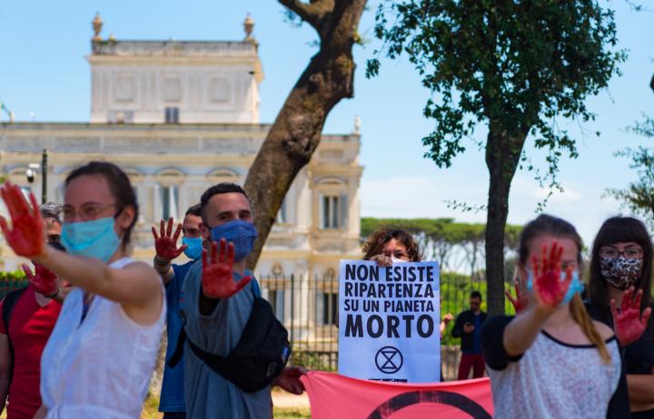 Stati Generali dell'economia, XR Roma: sit-in nonviolento a Villa Pamphili