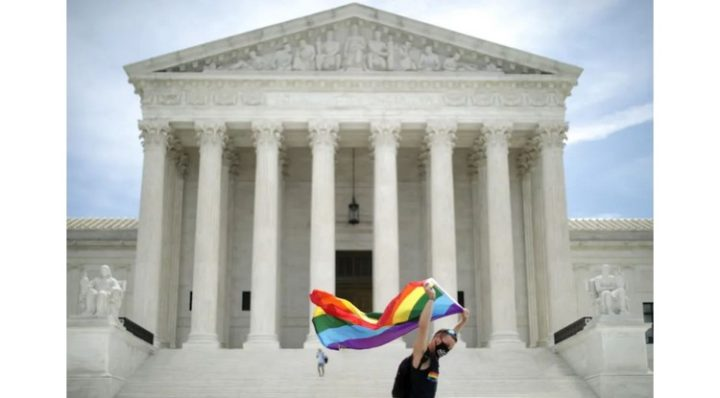 Victoire historique : la Cour suprême américaine vote en faveur des droits LGBTQ+
