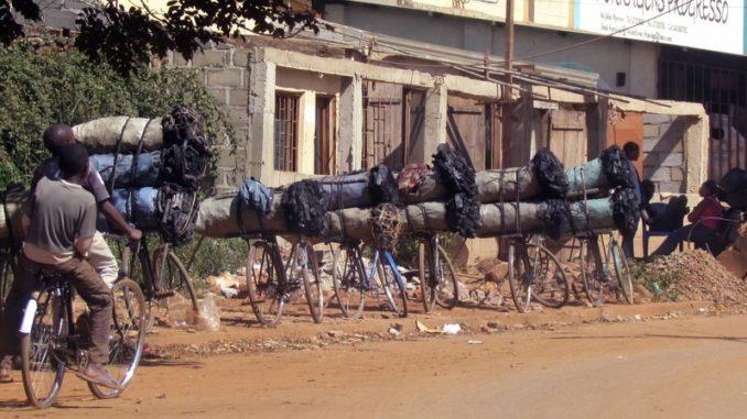 Ruanda: no al carbone vegetale, in cucina arriva il gas