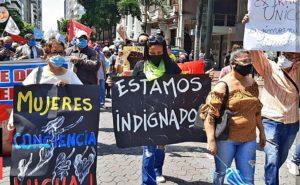 Voces de Guayaquil, epicentro de la pandemia en Ecuador (XVIII) / Feministas y LGBTIQ+: «En resistencia contra el gobierno opresor»