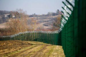 Croazia, avviata indagine su agenti di polizia che picchiarono un migrante