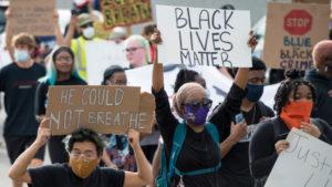 New York kürzt die Mittel der Polizei zugunsten von Jugend- und Sozialdiensten