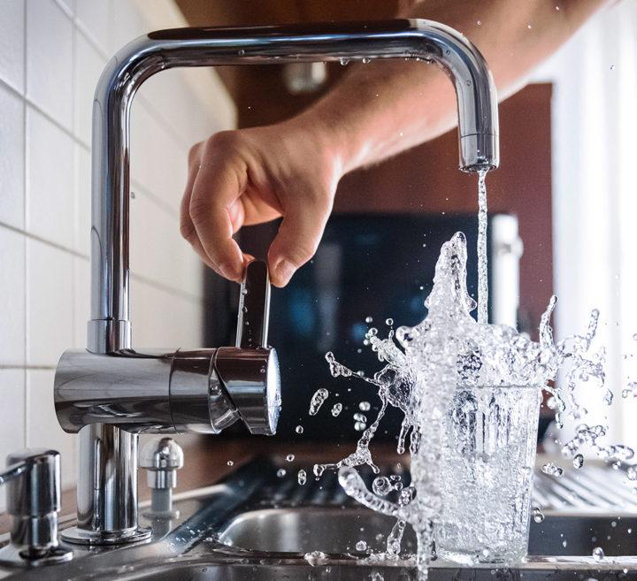 O marco regulatório do saneamento e as contradições constitucionais