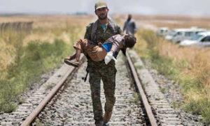 Il fascista Erdogan sta bombardando il Kurdistan