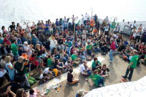 26-27 de junio 2010, Lo sbarco: la nave de los derechos de Barcelona a Génova