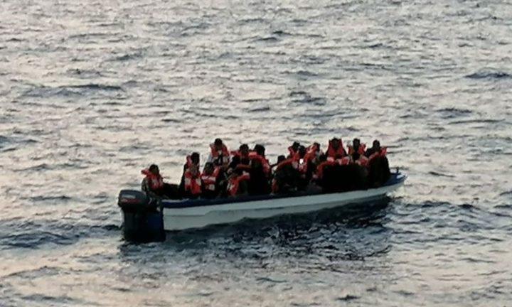 Mediterranea salva 43 persone dal mare e dalle milizie libiche