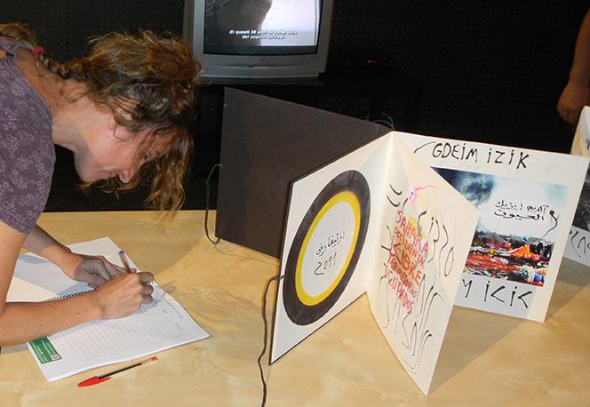 11.-Evru. El libro de las plazas 2011