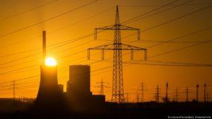 Klimaschutz: Kohle wird unrentabel, Solar und Wind gewinnen
