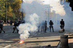"""Serbia: protesta di massa o prove generali di """"spallata""""?"""