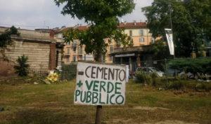 Milano, giardino Baiamonti: giù la maschera