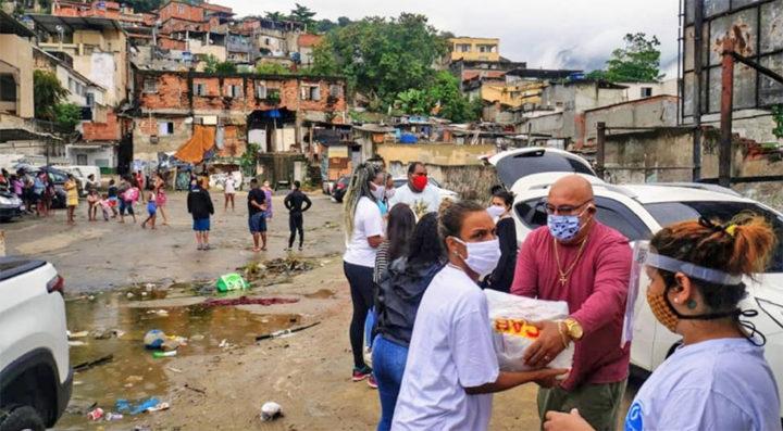 Solidariedade em Manguinhos: Mulheres lideram ações sociais