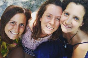 Eye-contact tour: tre ragazze in giro per l'Italia per ricreare relazioni e comunità