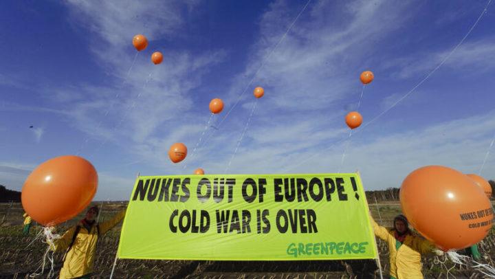 Weg mit den Atomwaffen!