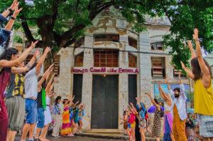 Espaço Comum Luiz Estrela: casarão abandonado é transformado em centro cultural