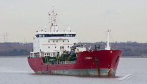 Mediterranea: subito un porto sicuro per il mercantile Cosmo battente bandiera italiana che ha soccorso 110 persone