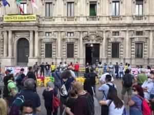 30 giugno in piazza, Milano denuncia una sanatoria farlocca
