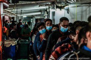 Sbarcati a Porto Empedocle i 180 naufraghi salvati dalla Ocean Viking