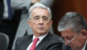 Colombia: ordenan detención domiciliaria del expresidente Álvaro Uribe
