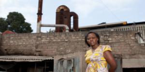 Krank wegen Bleifabrik: Slumbewohner erhalten 10 Millionen Euro