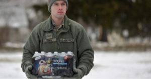 600 εκατ. δολάρια αποζημίωση στην πόλη που έπινε για χρόνια το νερό-δηλητήριo