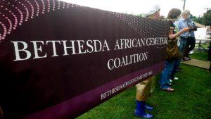 Protesta contra destrucción de antiguo cementerio de esclavos en Bethesda, Maryland, USA