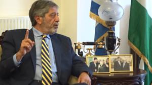 """Πρέσβης της Παλαιστίνης στην Ελλάδα: αντιπροτείνουμε ειρηνευτικό σχέδιο στη """"συμφωνία του αιώνα"""" (Μέρος Ι)"""