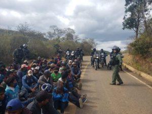 La guerra mediatica e psicologica contro i blocchi in Bolivia
