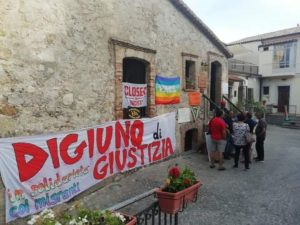 8 agosto, digiuno di protesta a Riace