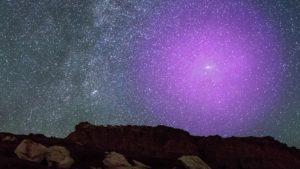 Hubble mapea por primera vez el halo gigante de gas alrededor de nuestra vecina galaxia de Andrómeda