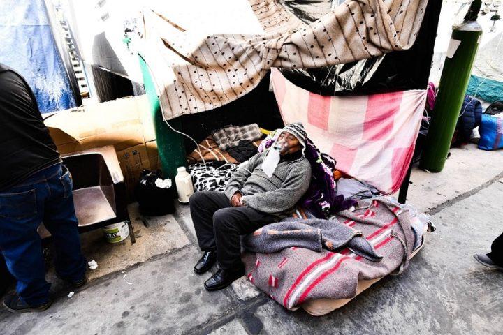 Perú se ahoga y muere por falta de oxígeno y burocracia estatal