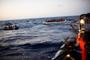 Duecento naufraghi a bordo della Sea-Watch 4