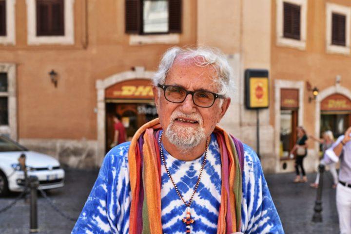 Alex Zanotelli e la dimensione politica del digiuno in solidarietà con i migranti
