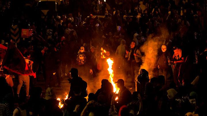 CAI incinerado en Bogotá - Derechos solo para esta nota