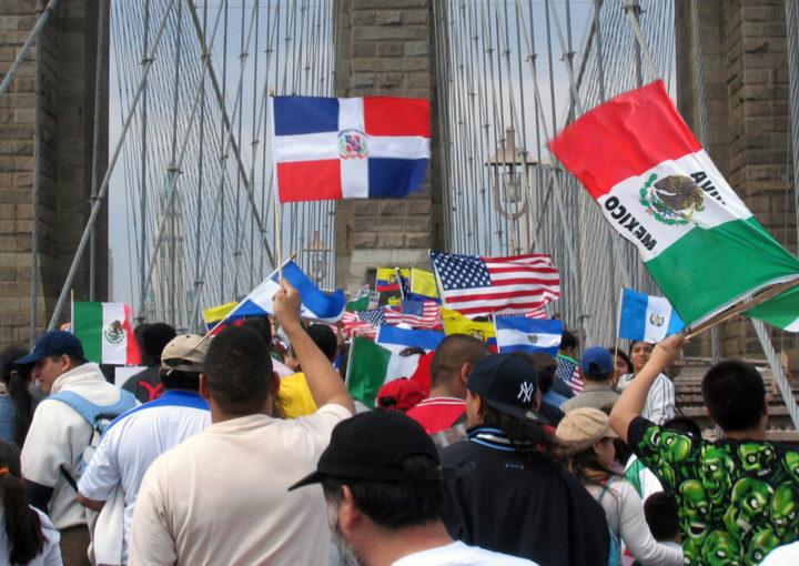 Eleitores Latinxs a favor da Frente de Ação Política de Biden