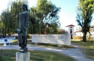 I morti aprono gli occhi ai vivi.  Jasenovac, un «luogo della memoria».