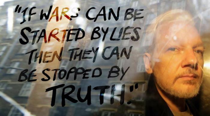 Esporre crimini di guerra dovrebbe sempre essere legale. Commetterli e nasconderli no