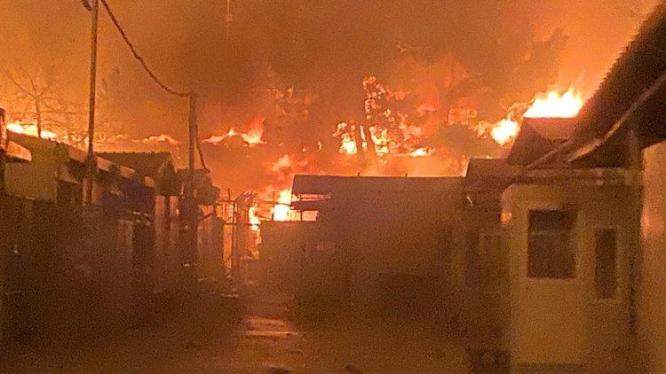Das Lager Moria fast vollständig abgebrannt