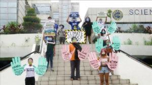 """Jóvenes vuelven a las huelgas globales por el clima """"por el tiempo que sea necesario"""""""