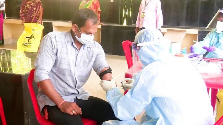 Gaza extiende medidas de confinamiento; India reporta números diarios récord mientras los casos de COVID-19 a nivel mundial superan los 25 millones