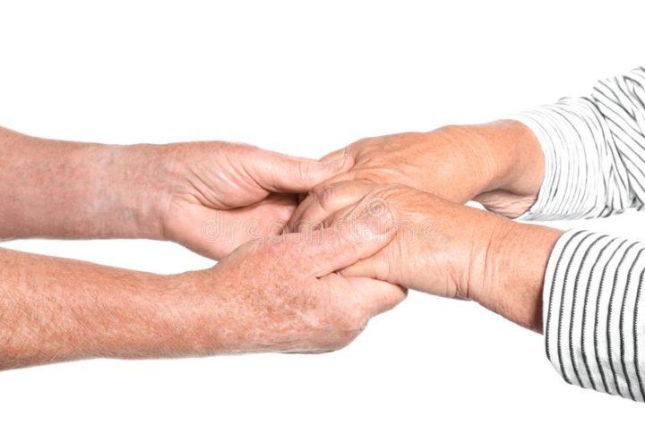 Via libera dell'Istituto Superiore di Sanità alle visite agli anziani nelle RSA