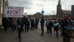 Η απόφαση του Συνταγματικού Δικαστηρίου στην Πολωνία σηματοδοτεί σοβαρή οπισθοχώρηση για τα Αναπαραγωγικά Δικαιώματα