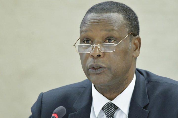 Imponen cadena perpetua a expresidente de Burundi