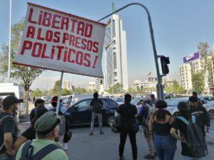 Otro viernes con represión en Plaza Dignidad
