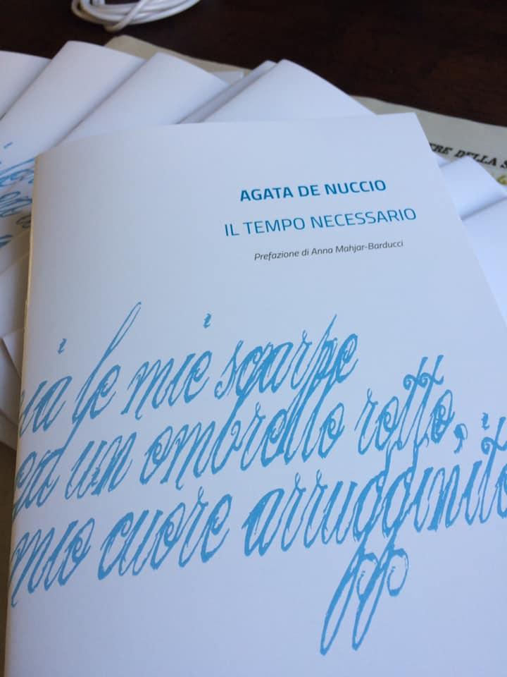 """Libro: """"Il Tempo Necessario"""" di Agata De Nuccio è una riflessione sul valore del tempo"""