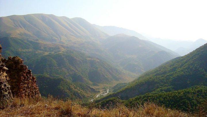 Mediata la prima tregua tra Armenia e Azerbaijan