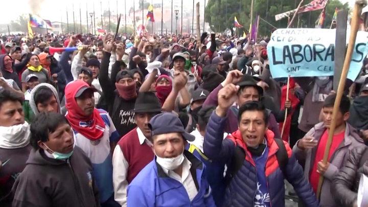 Como a democracia do Equador está sendo sufocada
