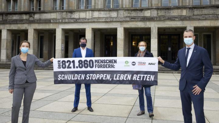NGO-Bündnis fordert Schuldenstopp für ärmste Länder – Schauspieler Jan Josef Liefers appelliert direkt  an Olaf Scholz