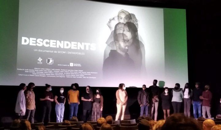 """""""Descendents"""": un cop de puny a una societat autocomplaent però racista"""