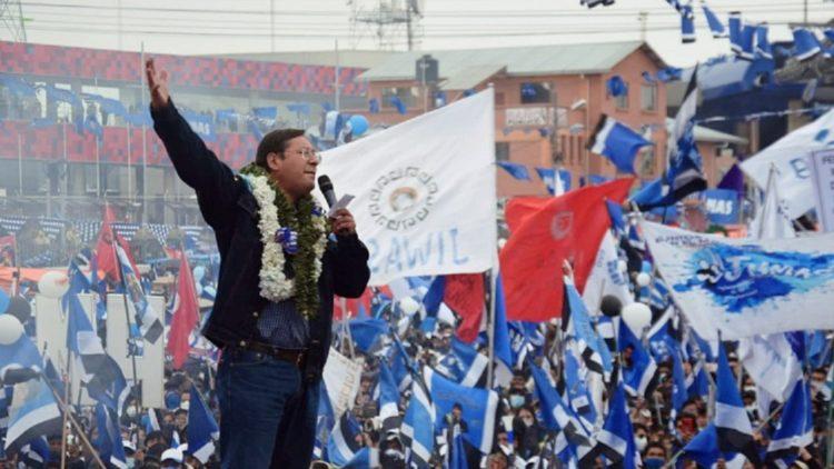 Sieg der Bevölkerung bei den Wahlen in Bolivien: Ein Vorbild des Mutes und der Würde