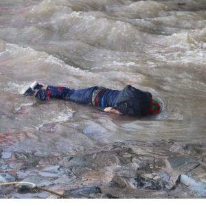 [Chile] Brutalidad policial lanza al río Mapocho a joven de 16 años que se manifestaba en Plaza Dignidad